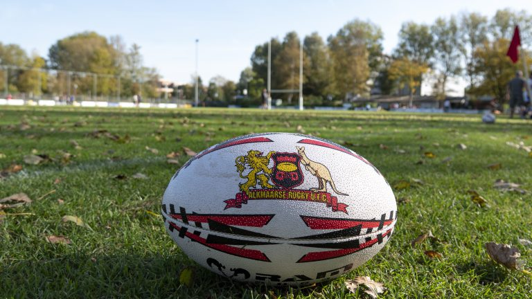 Twee 'onnodige' gele kaarten leidt heren Alkmaarse Rugby Club in nederlaag