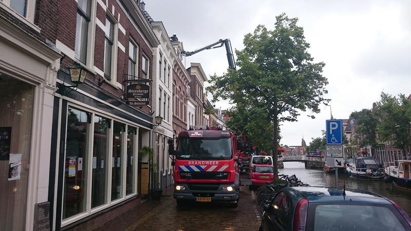 Alkmaar centraal brandje in huis aan luttik oudorp - Centraal geschorste schoorsteen ...