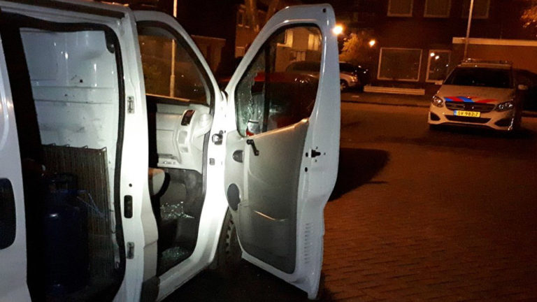 Getuigen gezocht van inbraak in bedrijfsbus aan Aagje Dekenstraat in Alkmaar - Alkmaar Centraal